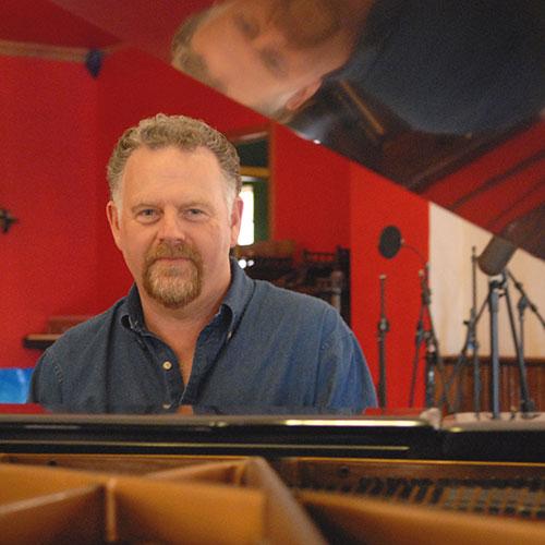 Mark Henderson image
